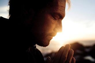 Защищая вашу семью через молитву